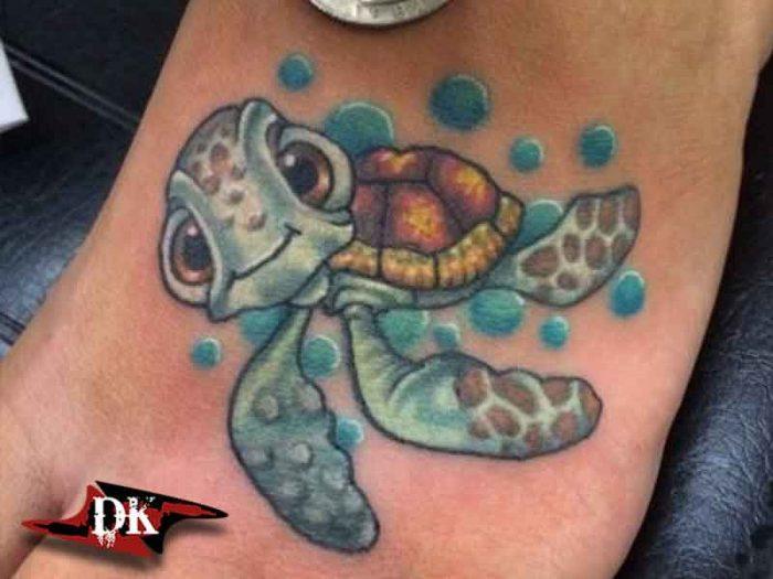 Disney Kaplumbağa Dövme Modeli