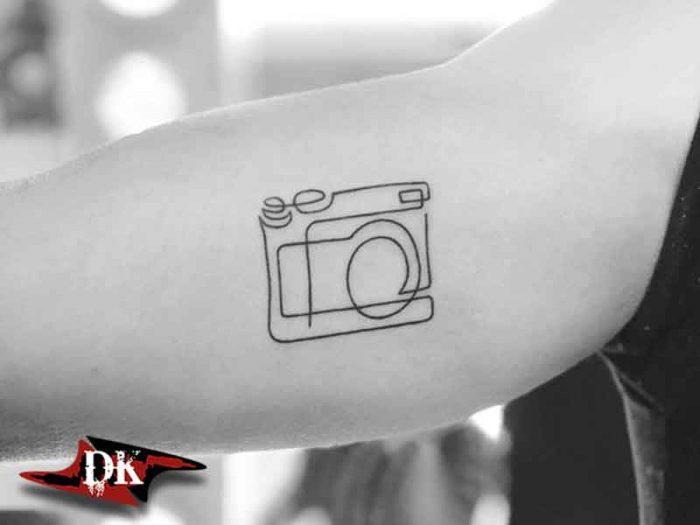 Kamera Çizgi Dövme Modeli