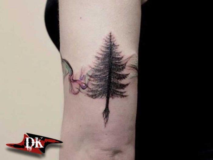 Kol Çam Ağacı Dövmesi